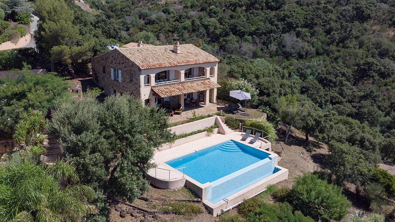 Villa La Cagne ✩✩✩✩ 4